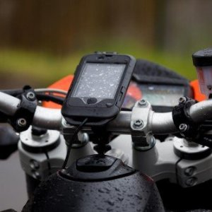 MOTORader iPhone Hardcase - Motorcycle Mounted